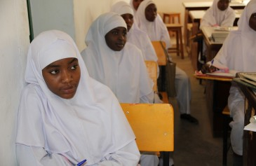 Women training to be midwives in Jigawa, northern Nigeria. Photo Credit: Lindsay Mgbor for DfID.